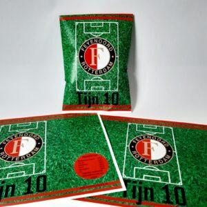 Traktatie chipswikkel Feyenoord